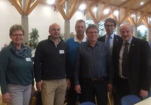 Vertreter des NABU Hambrücken gemeinsam mit NABU Präsident Olaf Tschimpke (rechts) und dem Landesvorsitzenden Andre Baumann (2. von rechts) auf der LVV.