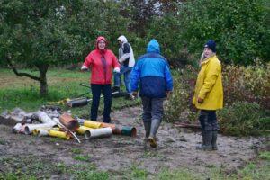 Mitglieder der NABU Gruppe Hambrücken im Einsatz für die Natur.